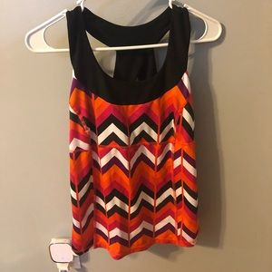 Chevron patterned workout top